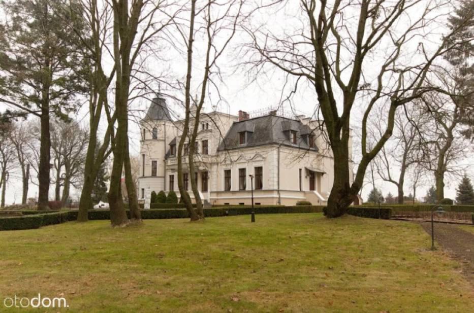 Zespół pałacowy 5 500 000 zł/10 848 zł/m²