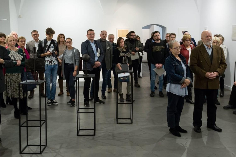 Rocznica urodzin rzeźbiarza Jerzego Jarnuszkiewicza, autora pomnika Adama Asnyka w Kaliszu