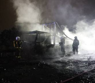 Wypadek na autostradzie A4 na wysokości Legnicy, wybuchły tysiące dezodorantów