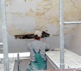 Wnętrze kościańskiego ratusza w trakcie remontu [ZDJĘCIA]