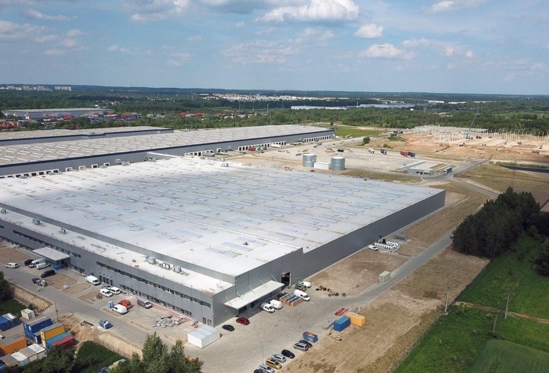 52 tysiące metrów kwadratowych powierzchni i potencjał zatrudnienia 1500 osób ma nowa fabryka zmywarek koncernu BSH, otwarta wczoraj przy ul