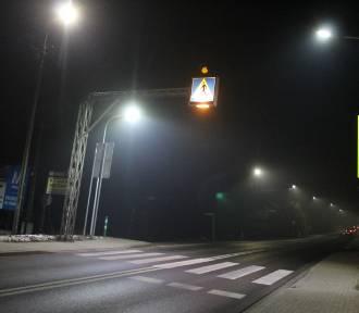 Oświetlili najbardziej niebezpiezpieczne przejścia na DK 52