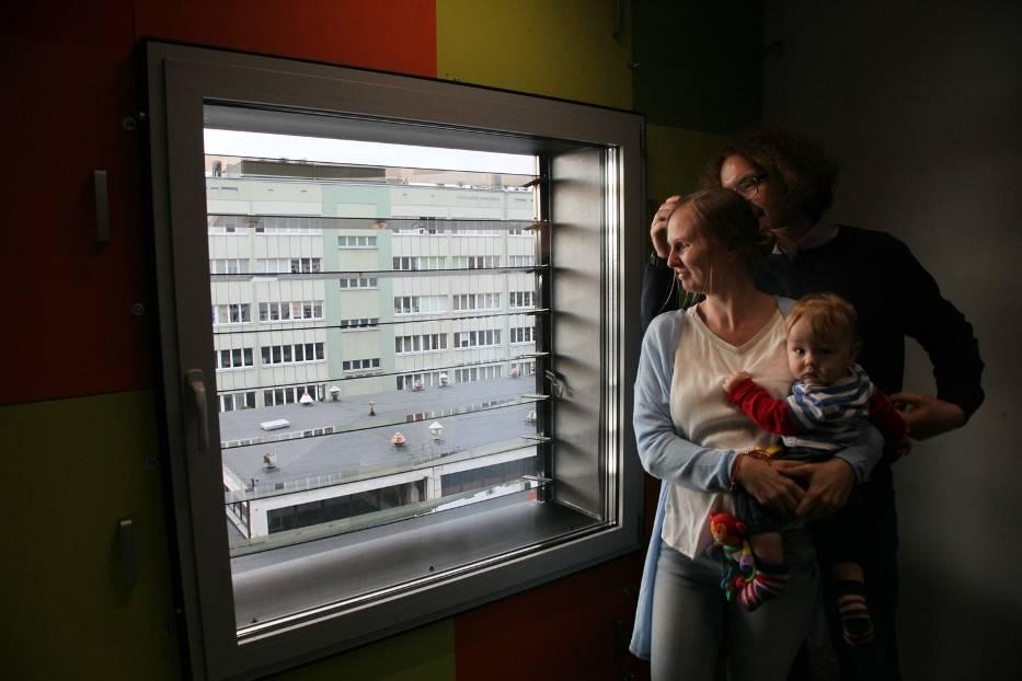 Politechnika Łódzka testuje zasilanie pomieszczeń biurowych energią słoneczną