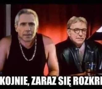 Niestety, Polska przegrywa ze Słowacją 1:2 - sprawdź MEMY. Śmiech przez łzy...