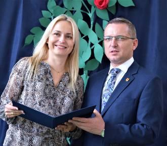 Wojewódzkie obchody Dnia Edukacji Narodowej w Sieradzu. Nagrody marszałka ZDJĘCIA