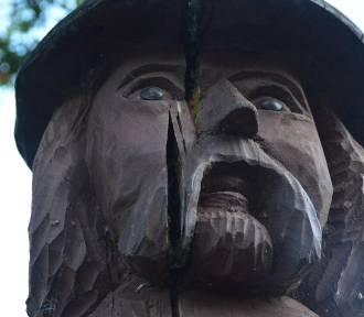 W Miastku Rummel po 1,5 roku zaczął pękać