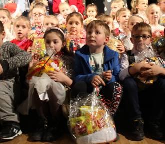 Mikołajkowy prezent dla kilkuset dzieci z całego województwa![ZDJĘCIA]