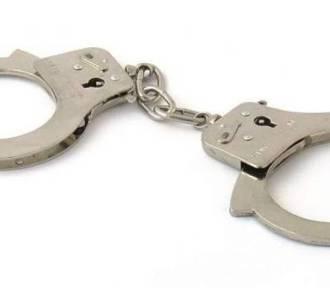 Policjanci z drogówki w Lipnie zatrzymali dwóch przestępców. W BMW znaleziono narkotyki