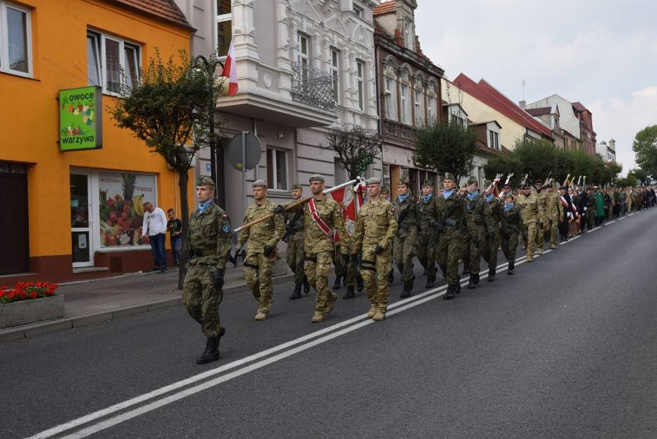"""Powiatowe Dni Cichociemnych: pogrzeb """"Gonta"""" ppor. Tadeusza Jaworskiego [FOTO, FILM]"""