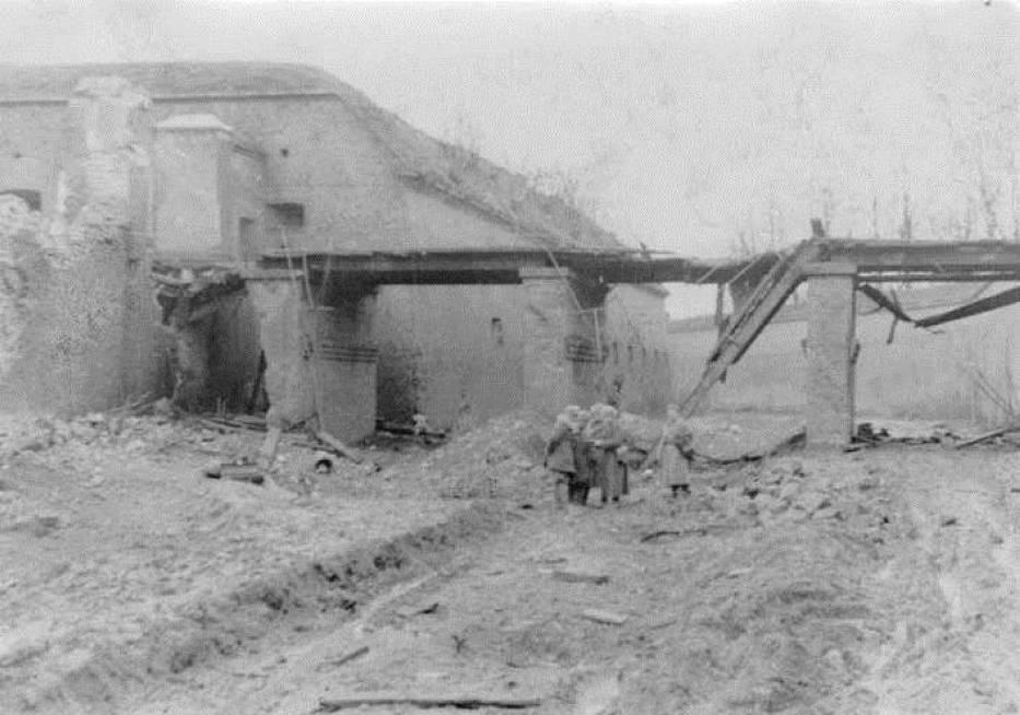 Cytadela po zakończeniu działań wojennych - zdjęcia z lat 1945-1946