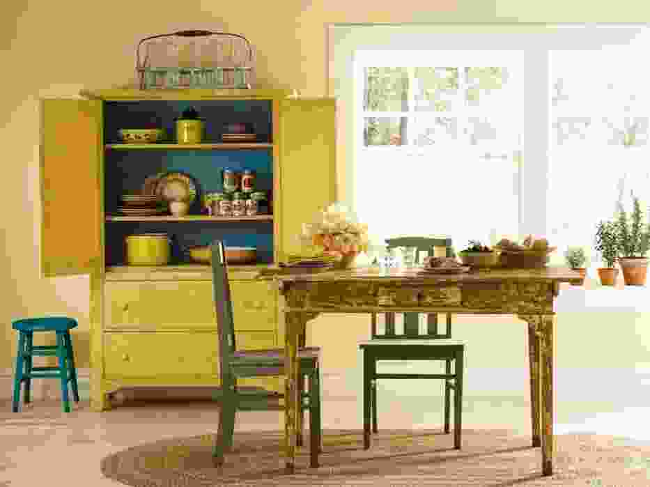 Takie połączenia kolorów sprawiają, że w domu staje się jaśniej, ale i przytulniej