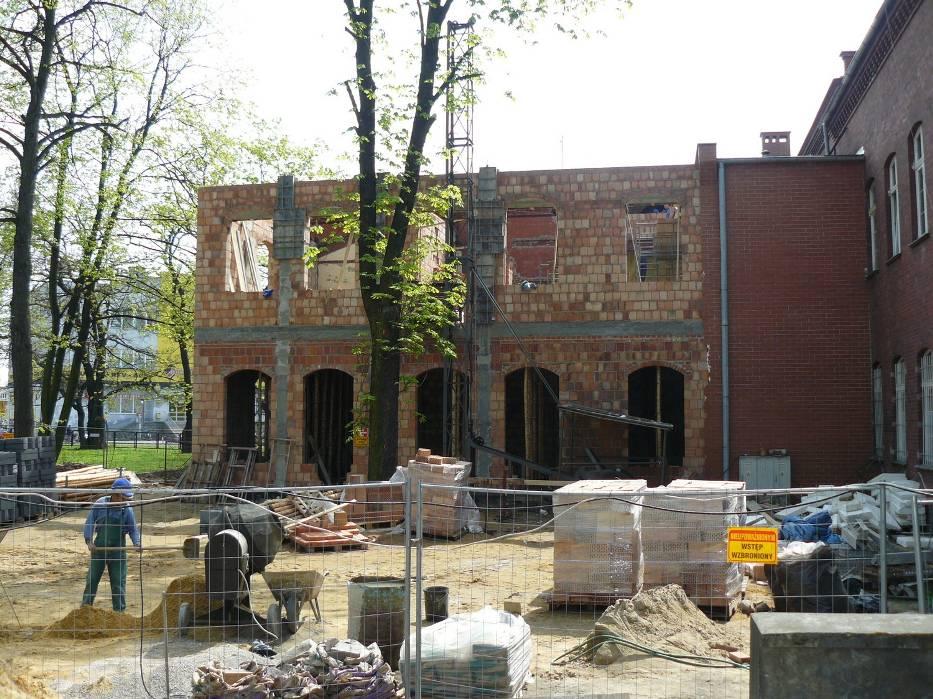 W budowanej obecnie części znajdą się nowe sale interny i chirurgii