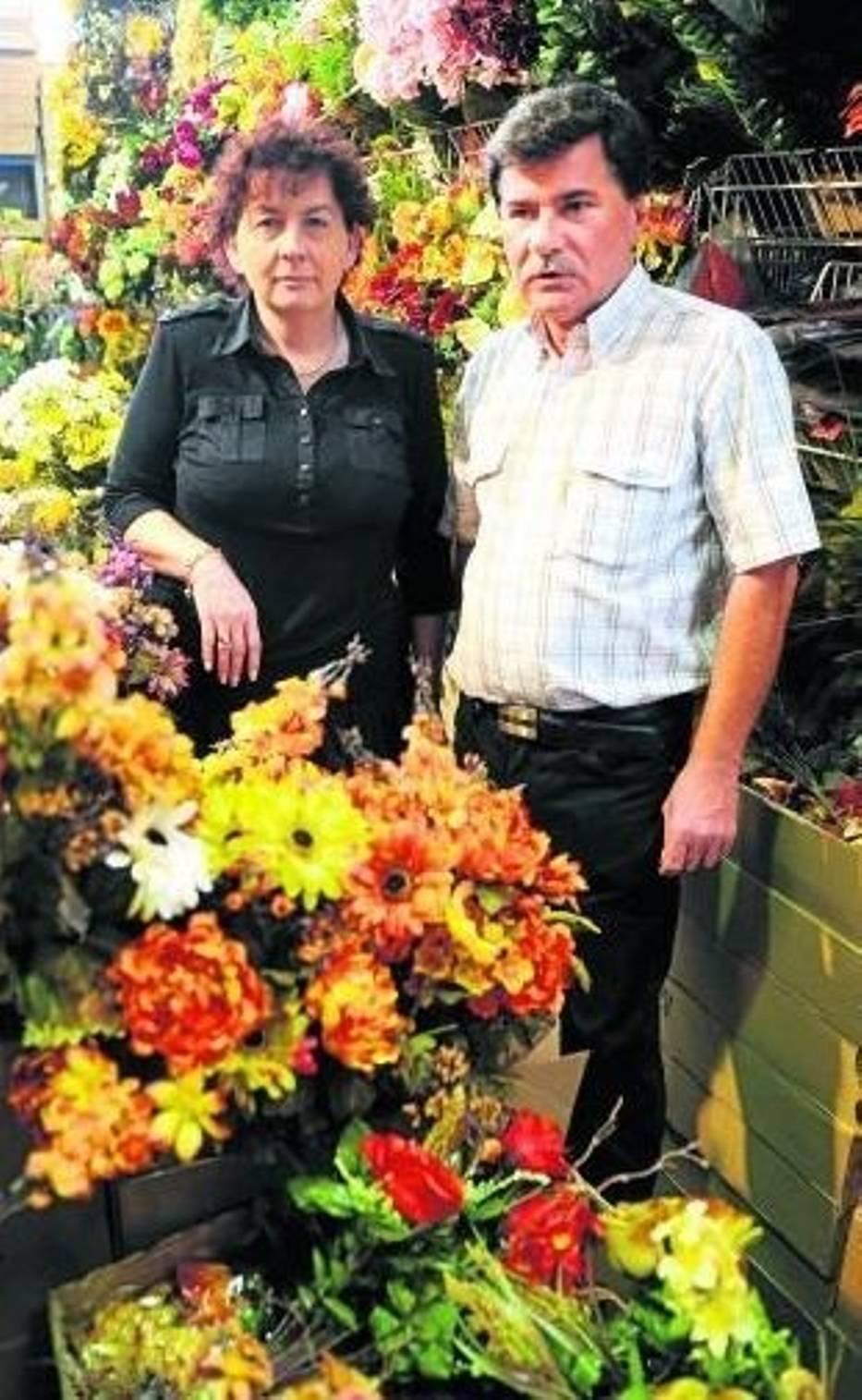 Teresa Michalska i Mirosław Jędrzejewski twierdzą, że rozbudowa może doprowadzić do upadku handlu