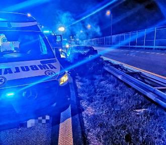 Śmiertelny  wypadek na A4. Ford wbił się w naczepę tira [ZDJĘCIA]