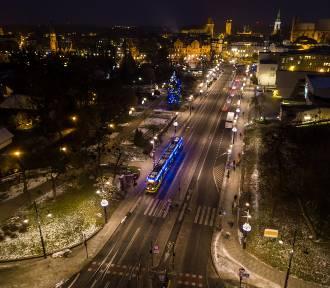 Bożonarodzeniowy tramwaj MZK z lotu ptaka