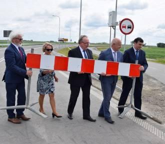 W poniedziałek 8 czerwca uroczyście otwarto nowe rondo w Bonikowie [ZDJĘCIA]