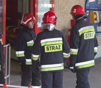 Trwa ewakuacja Tesco w Jeleniej Górze i Wrocławiu. Czy jest bomba?