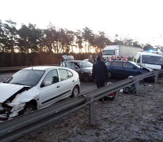 Wypadek na S3. Zderzyły się cztery samochody osobowe [ZDJĘCIA]