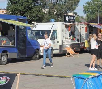 Food trucki ponownie zagościły na krotoszyńskim targowisku [ZDJĘCIA]