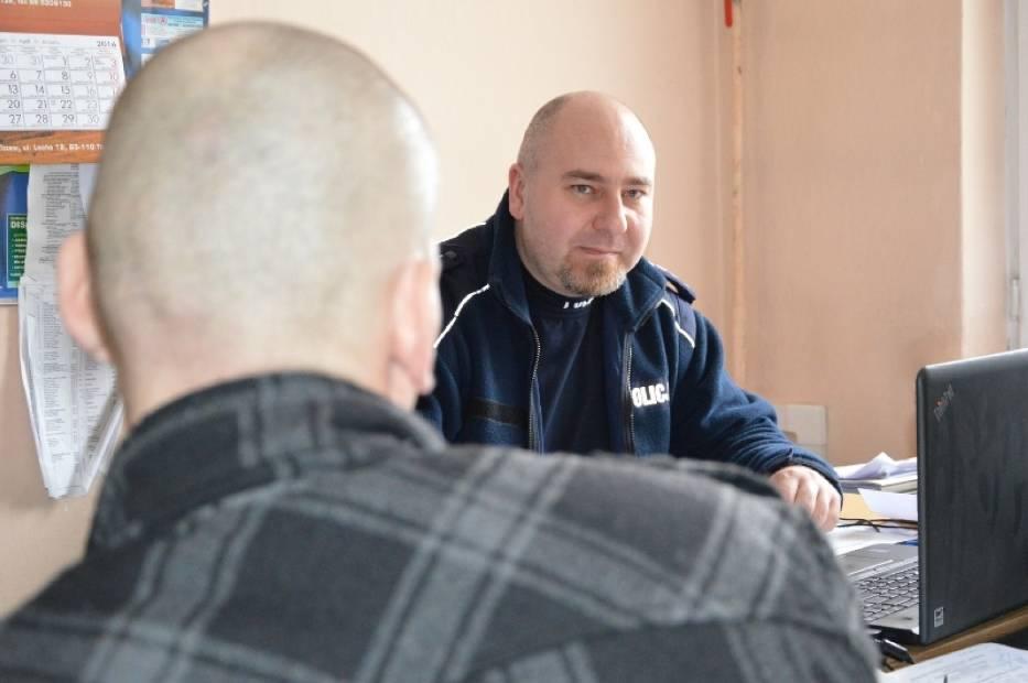 Mieszkańcowi Tczewa grozi 15 lat więzienia za kradzież elektronarzędzi, kluczy i... konfitur