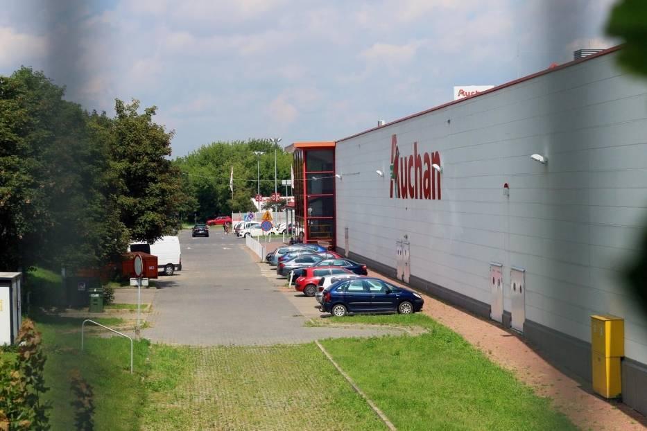 Podium zamyka francuska sieć handlowa Auchan z wynikiem 8,98 proc