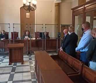 Sąd Okręgowy w Kaliszu skazał policjantów za znęcanie się nad zatrzymanymi