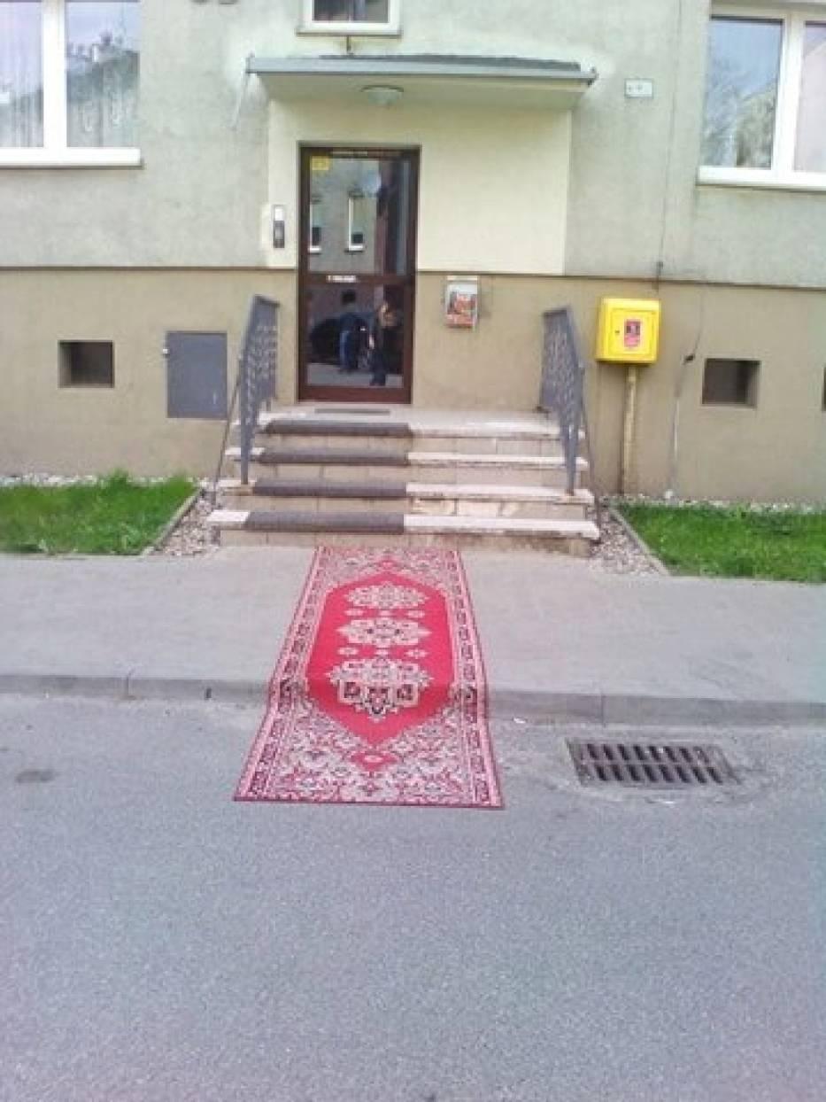 Ktoś marzył o występie na czerwonym dywanie ;) ?
