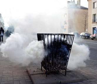 Koksowniki w Warszawie. W tym roku ich nie będzie, bo generują smog