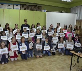 MDK Rybnik: Na 100-lecie Niepodległości ponad 100 prac młodych twórców Pracowni Walor [ZDJĘCIA]