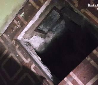 Poszukiwany mieszkaniec Blachowni schował się przed policją pod podłogą