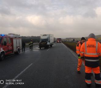 Wypadek na S8 koło MOP Sięganów. Zderzyły się cztery samochody [zdjęcia]