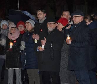Mieszkańcy Chodzieży i Budzynia uczcili pamięć Pawła Adamowicza (ZDJĘCIA)