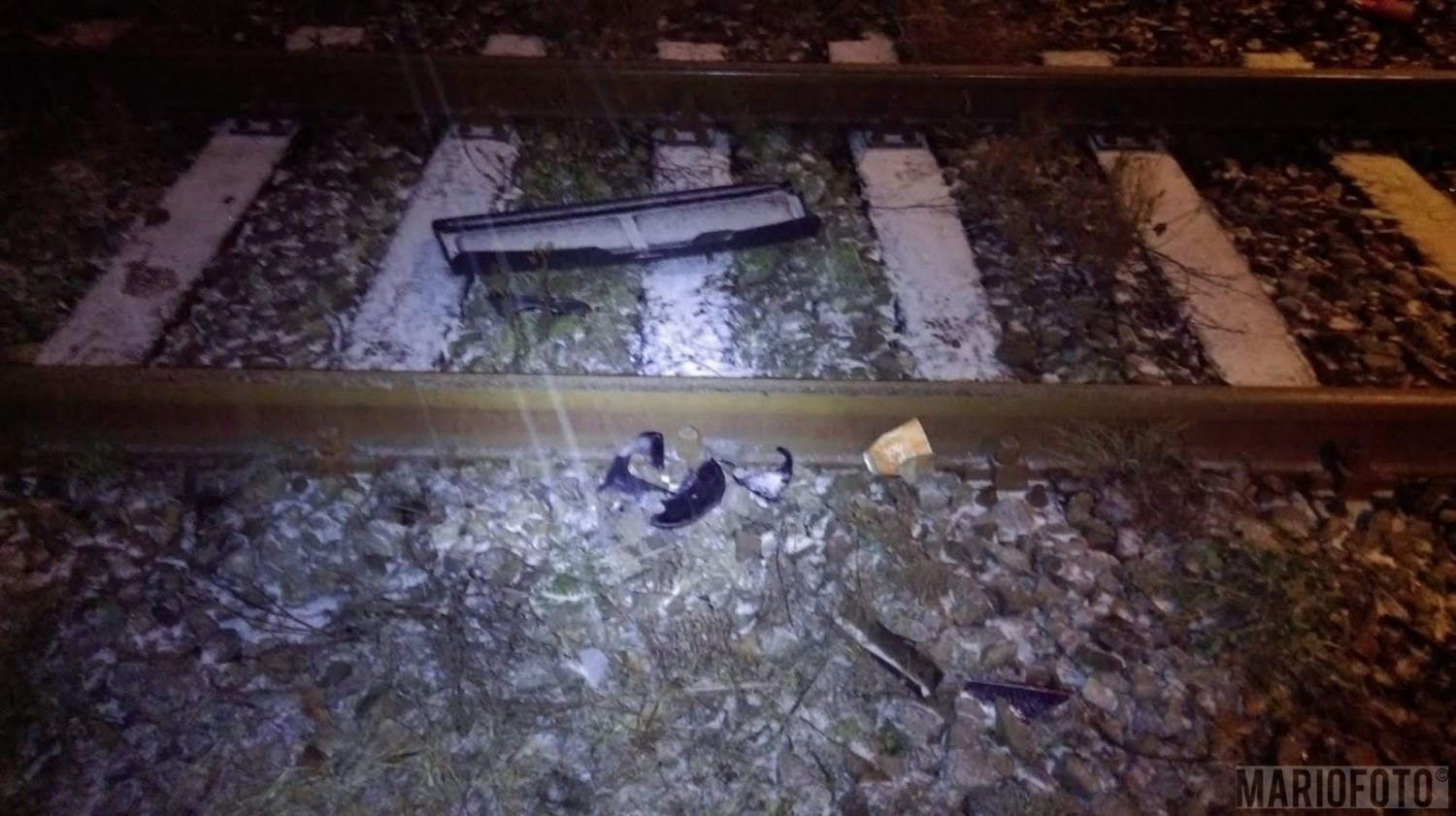 Kierujący fiatem panda na ulicy Wrocławskiej w Grodkowie wjechał na nieoznakowany przejazd kolejowy i zderzył się z szynobusem relacji Wrocław-Nysa