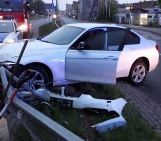 """Wypadek w centrum Inowrocławia. """"Nie zmieścił się"""" na drodze [zdjęcia]"""