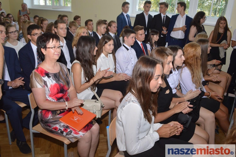 Rozpoczęcie roku szkolnego 2015/2016 w III Liceum im. Marii Konopnickiej we Włocławku