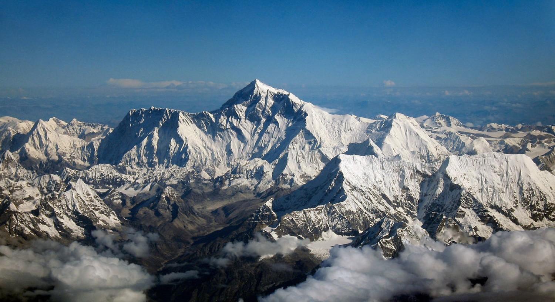 CHINY / NEPALGranica chińsko-nepalska ciągnie się na długości 1236 km, wzdłuż łańcucha Himalajów