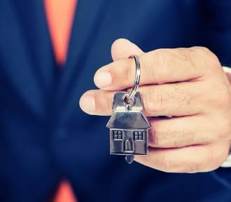 Zakup mieszkania? UOKiK: nie spiesz się, ceny w końcu spadną