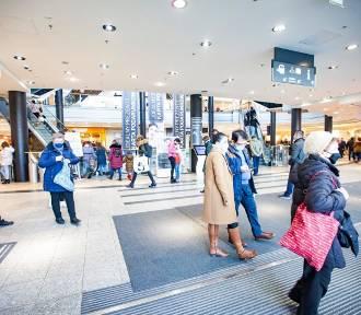 Mniej osób w galeriach handlowych ale liczba i wartość zawieranych transakcji rośnie