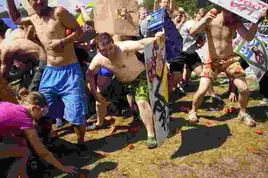 Przystanek Woodstock 2015: Wielka bitwa na pomidory