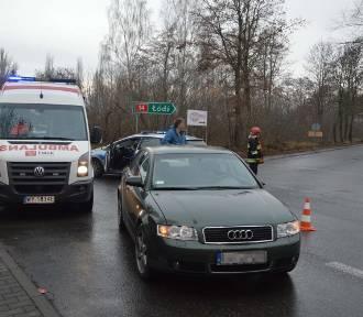 Wypadek w Łowiczu. Rowerzystka trafiła do szpitala [ZDJĘCIA]