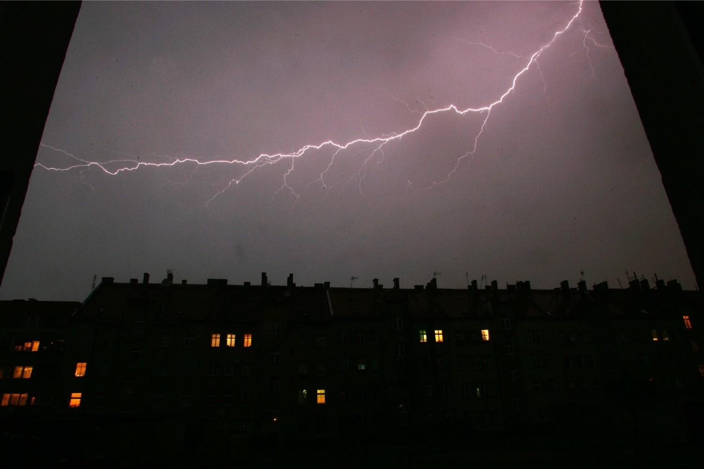 Gdzie jest burza? Mapa burzowa online - zlokalizuj burzę - Zobacz gdzie jest burza NA ŻYWO