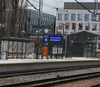 Wrocław. Nowy peron na Dworcu Głównym otwarty od niedzieli [ZDJĘCIA]