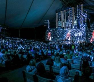 Top Of The Top Festival. Artyści i dziennikarze na scenie Opery Leśnej