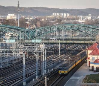 Będą nowe przystanki w Gdańsku. Wracają kolejne połączenia kolejowe