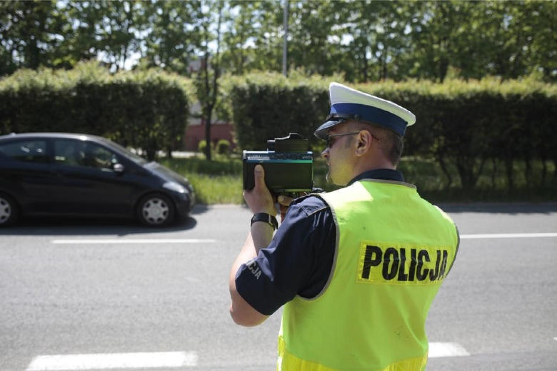 Poniżej przedstawiamy liczbę zatrzymanych praw jazdy przez policjantów z 23 jednostek policji z województwa łódzkiego w latach 2017-2019 (w tym ostatnim dane z końca października)