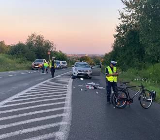 Tragedia na DW 911 w Piekarach. Nie żyje rowerzysta ZDJĘCIA, WIDEO