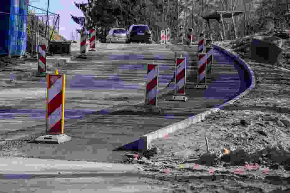 400-metrowy odcinek ulicy Niepołomickiej remontowany jest  już cztery miesiące
