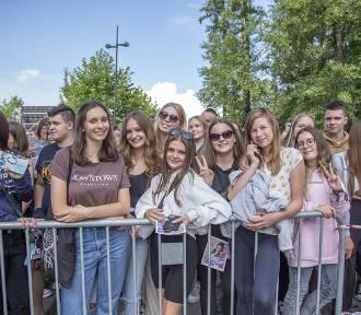 Na kampusie w Rybniku zaśpiewały gwiazdy. Zobacz ZDJĘCIA  z koncertu Fundacji Polsat