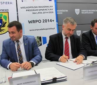 """Pierwsze porozumienia w ramach projektu """"Czas zawodowców BIS - zawodowa Wielkopolska"""" z WRPO"""