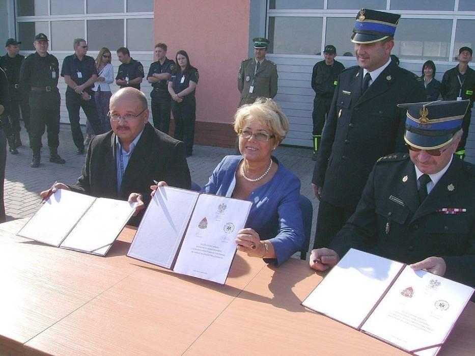 Chwile po podpisaniu porozumienia